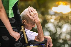 Euthanasie : vers une « pression implicite sur les malades »