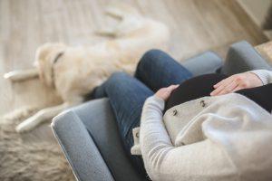 Utah : les pères biologiques devront payer la moitié des frais liés à la grossesse
