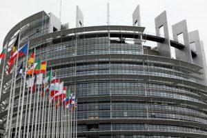 Parlement européen: un rapport Estrela bis?
