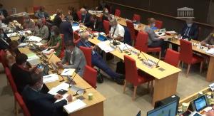 La PMA sans père réintroduite par les députés en commission : bis repetita
