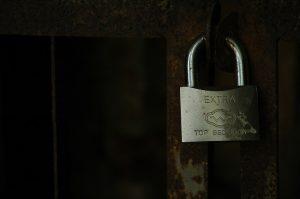 fence-1836828_960_720