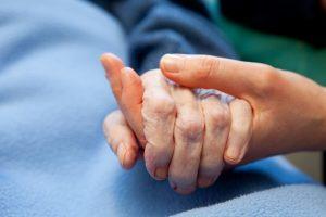 L'OMS alerte sur la pénurie mondiale de soins palliatifs