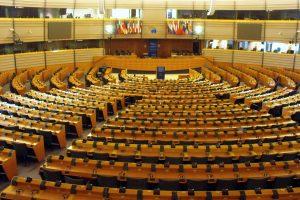 «Mariage pour tous»: le Parlement européen réclame une reconnaissance dans toute l'UE