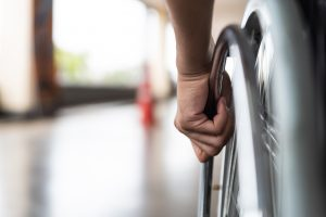 « Mieux vaut être mort qu'handicapé » ?