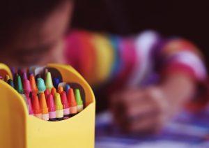 Genre à l'école : la circulaire du Ministère prend le parti de l'« autodétermination »