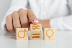 Traquer les stéréotypes de genre dès la vie in utero
